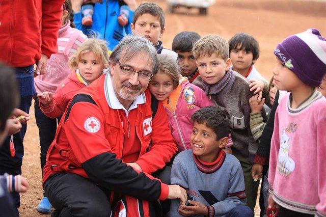 El presidente de la Federación Internaiconal de las Sociedades de la Cruz Roja y de la Media Luna Roja (FICR), Francesco Rocca