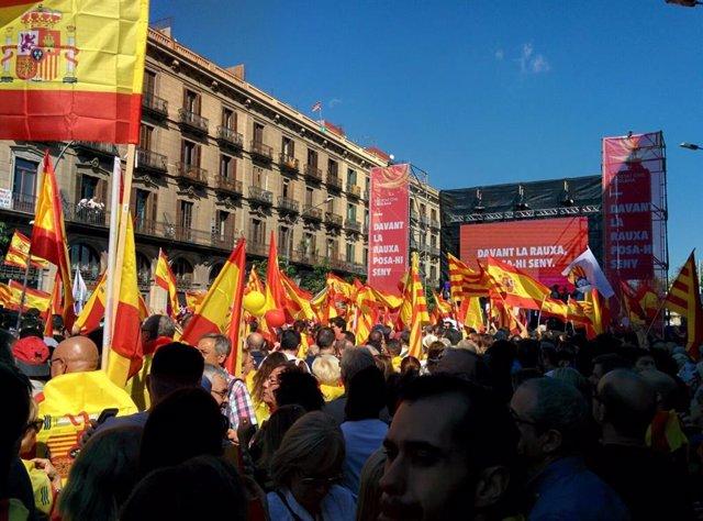 Manifestació de SCC a Barcelona per la unitat d'Espanya el 8 d'octubre de 2017.