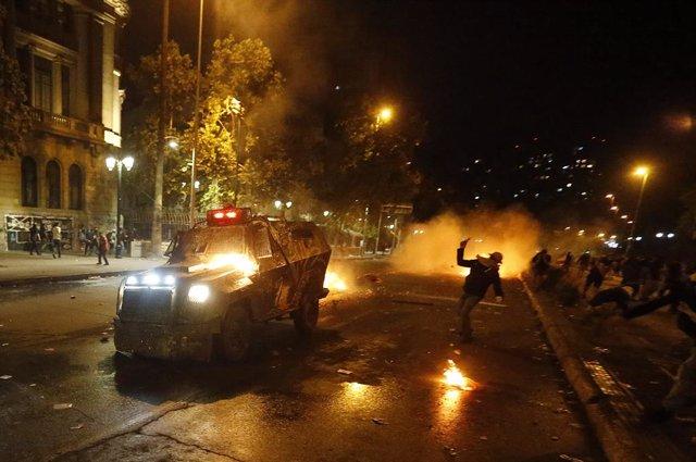 Chile.- Las Fuerzas Armadas de Chile reconocen tres muertos en acciones militare