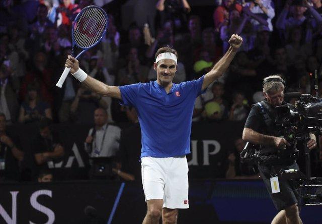 Tenis.- Federer se cita con De Miñaur por el décimo título en Basilea