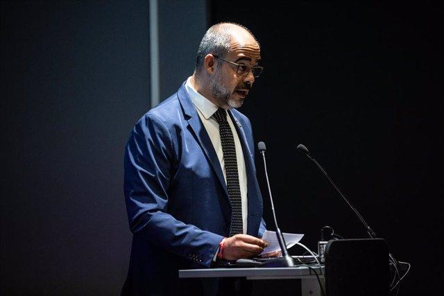 El conseller d'Interior de la Generelitat de Catalunya, Miquel Buch, durant la seva intervenció a la presentació dels 384 mossos destinats a Barcelona, a Barcelona (Espanya), a 8 d'octubre de 2019.