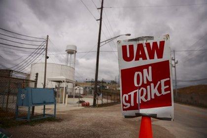 Estados Unidos.- General Motors y trabajadores ratifican el nuevo convenio colectivo y ponen fin a la huelga