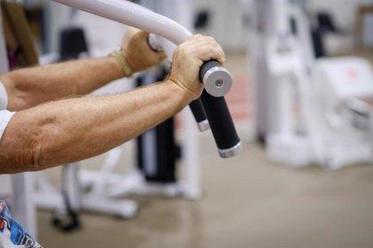 La deficiencia de vitamina D está asociada a un sistema muscular deficiente en mayores de 60 años