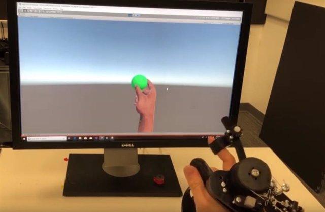 Microsoft presenta un prototipo de mando para realidad virtual que simula la fue