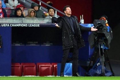 """Simeone defiende a Costa: """"Es normal que los delanteros tenga preocupación por marcar"""""""
