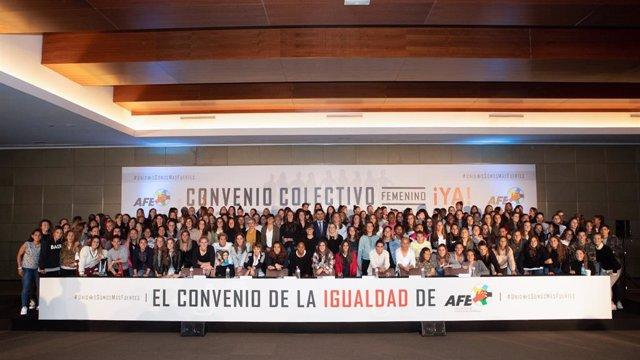 Jugadores de la Primera Iberdrola es reuneixen a Madrid per reclamar la signatura del conveni col·lectiu.