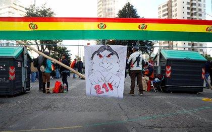 Bolivia.- La Paz amanece con bloqueos por las protestas contra los resultados electorales en Bolivia