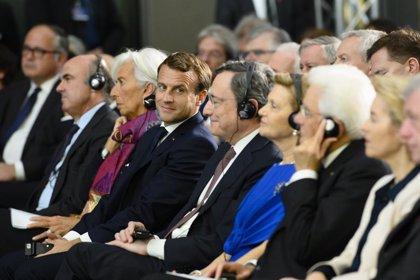 BCE.- Lagarde y los líderes de la eurozona rinden homenaje a Draghi en el adiós del presidente del BCE