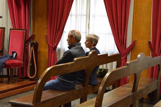 Juicio en Ourense a dos acusados de espiar a otro para perjudicar su posible candidatura al Senado por el PSOE en Ourense.