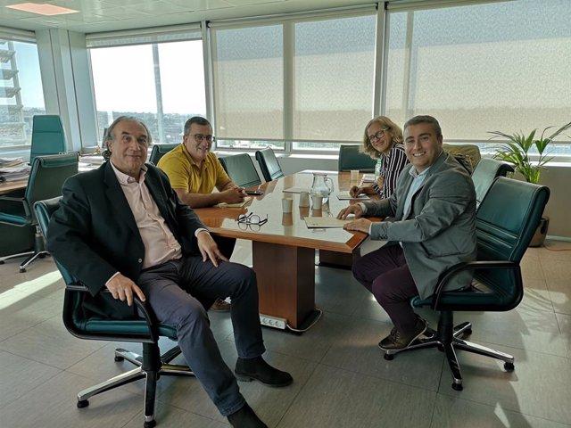 El conseller d'Educació, Universitat i Investigació, Martí March, es reuneix amb l'alcalde d'Inca, Virgili Moreno.