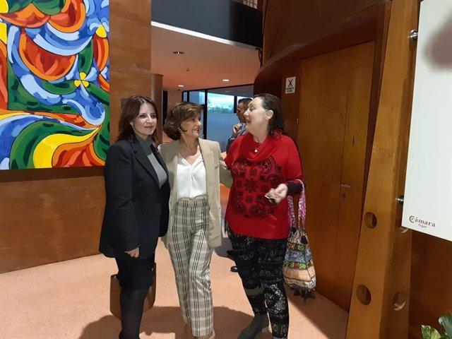 La vicesecretaria general del PSOE, Adriana Lastra, junto a la vicepresidenta de Gobierno, Carmen Calvo, en Gijón.