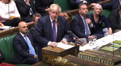 R.Unido.- Boris Johnson sufre un nuevo revés en el Parlamento y accede a proponer elecciones para el 12 de diciembre