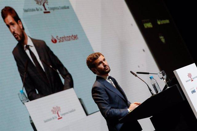 El presidente del PP, Pablo Casado, durante su intervención en el XXII Congreso Nacional de la Empresa Familiar, en Murcia (España), a 29 de octubre de 2019.