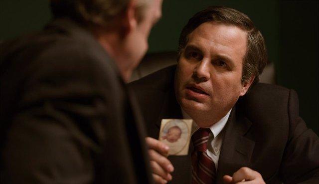 Mark Rufallo en la película Aguas oscuras