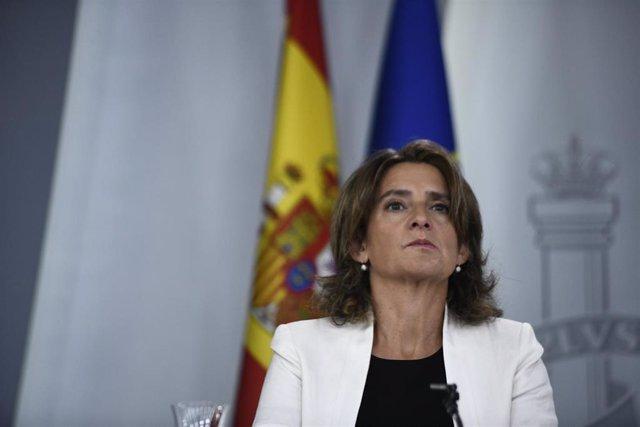 La ministra para la Transición Ecológica en funciones, Teresa Ribera, en una comparecencia ante los medios el 27 de septiembre de 2019