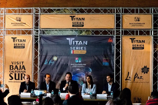 Presentación de la Titan Series La Paz, en México