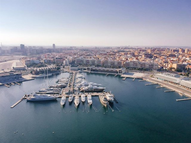 Panorámica de València vista desde la Marina