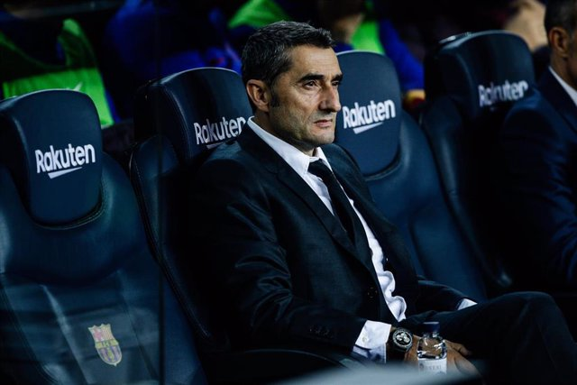 Ernesto Valverde , técnico del FC Barcelona