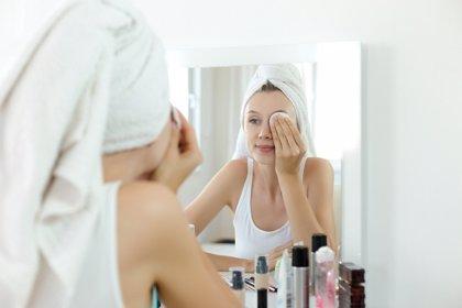 Así afecta el maquillaje a la piel del rostro