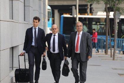 Ron attribuisce a Saracho il fallimento del Popolare perché è entrato potenziato da Del Valle e Reyes Calderón per vendere la banca
