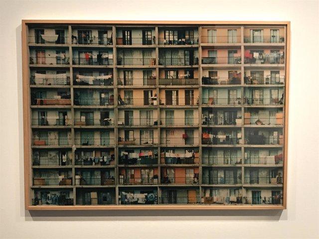 Obra de Valérie Touve, 'Sense títol' en una exposició en el Caixaforum de Barcelona en col·laboració del Centre Pompidou