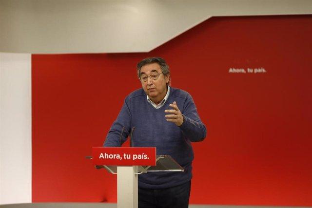 Rueda de prensa de Toni Ferrer en la sede del PSOE