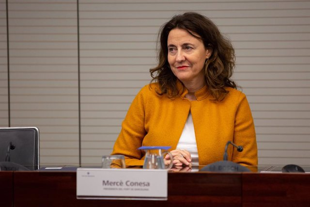 (I-D) La presidenta del Port de Barcelona, Merc Conesa, durant la presentació de la primera edició del Smart Ports: Piers of the future,  a Barcelona /Catalunya (Espanya), a 30 d'octubre del 2019.