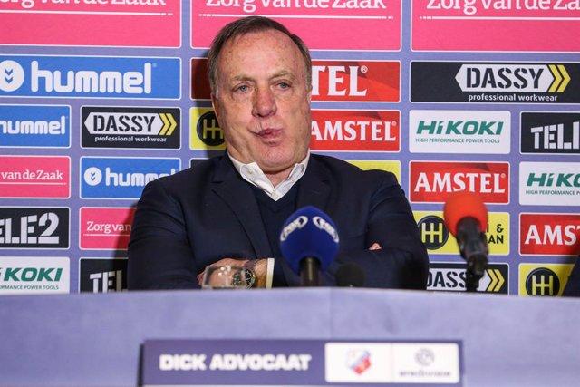 Fútbol.- Dick Advocaat se hace cargo del Feyenoord hasta final de temporada tras