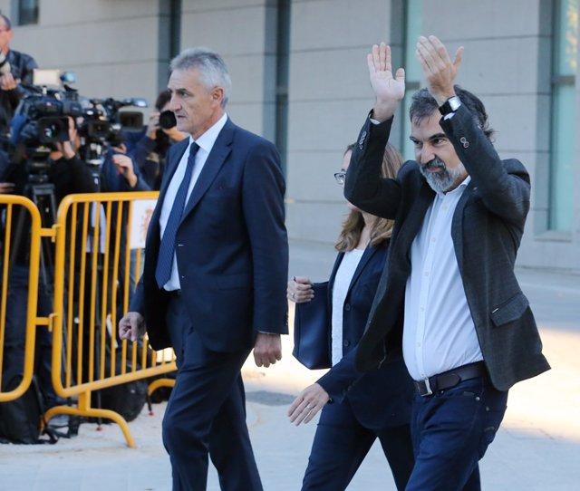 El president d'Òmnium Cultural, Jordi Cuixart, arriba a l'Audiència Nacional per declarar.