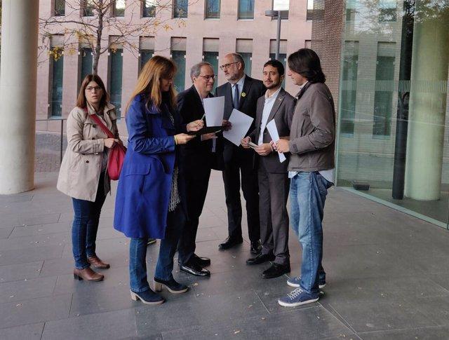 El president Quim Torra s'autoinculpa per l'1-O, amb el conseller Damià Calvet, Laura Borràs, Eduard Pujol, Gemma Geis i Francesc de Dalmases.