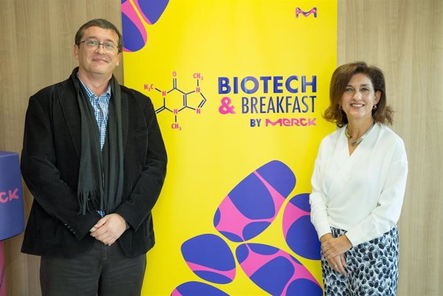 Ulises Arranz, director de Innovación Digital de Accenture, y Ana Polanco, directora de Market Access y Corporate Affairs de Merck.