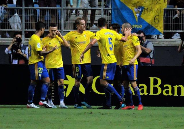 Fútbol/Segunda.- El Cádiz busca resarcirse ante un Sporting al alza en LaLiga Sm
