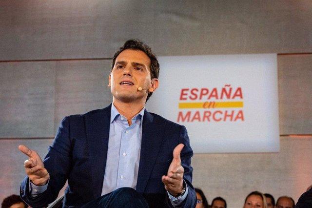 El president de Ciudadanos, Albert Rivera, en un acte electoral a Màlaga.