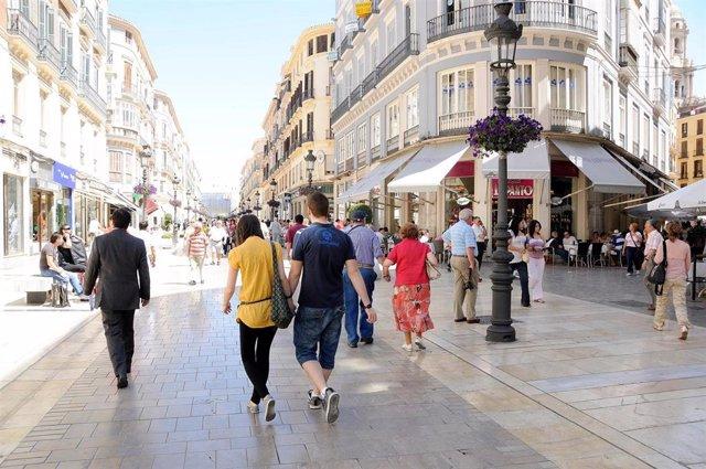Comercios de la calle Larios de Málaga.