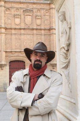 El escritor salmantino Jairo Junciel, autor de 'El secreto de Rosanegra'.