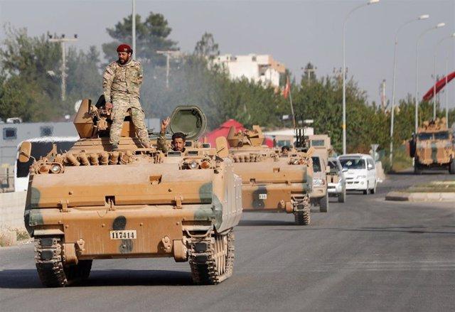 Miembros del Ejército Nacional Sirio en Ceylanpinar, Turquía
