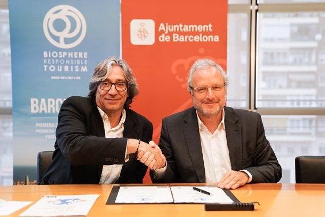 El regidor de Barcelona Xavier Marcé i el director general de Fira de Barcelona, Constantí Serrallonga.