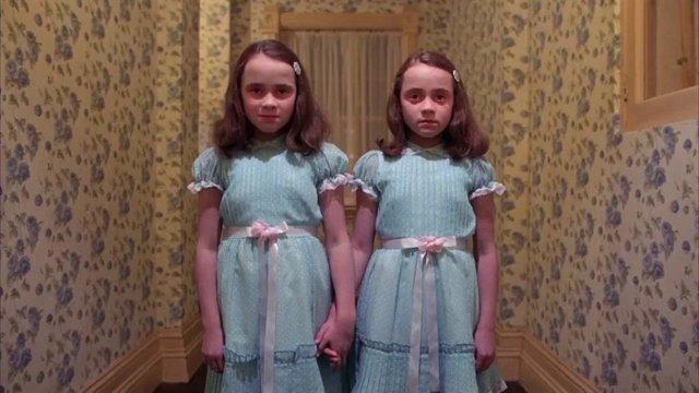 Las hermanas Grady, uno de los fantasmas más célebres del Overlook