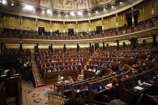 Vista de l'hemicicle del Congrés dels Diputats durant la sessió constitutiva de la Cambra baixa.