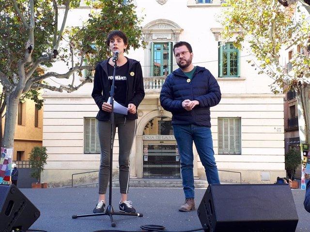 Marta Rosique i Pere Aragonès en un acte de campanya d'ERC a Sant Feliu de Llobregat (Barcelona) per les eleccions generals del 10 de novembre de 2019.