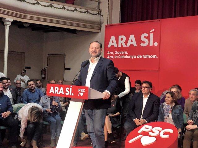 El ministre José Luis Ábalos (PSOE) en un míting del PSC a Sant Joan Despí (Barcelona) en campanya de les eleccions generals del 10 de novembre de 2019