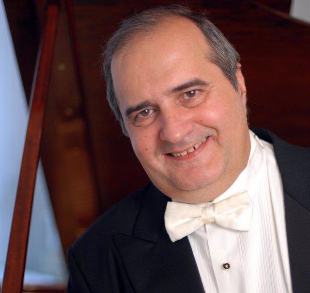 El pianista cubano Jorge Luis Prats ofrece este lunes un concierto en el Liceo d