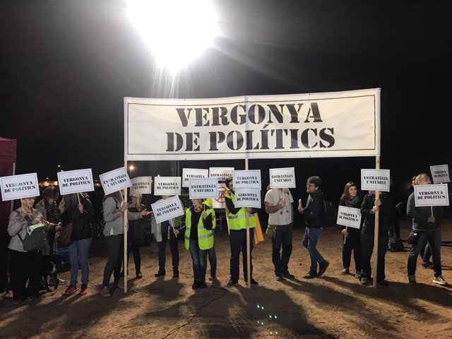 CDR piden unidad independentista ante un mitin de JxCat en la cárcel de Lledoners (Barcelona) en la campaña de elecciones generales del 10 de noviembre de 2019
