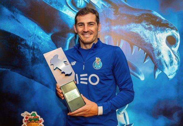 Fútbol.- Iker Casillas vuelve a entrenar por primera vez después de su infarto