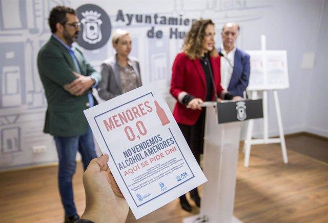 El Ayuntamiento de Huelva y Huelva Comercio presentan la campaña 'Menores 0,0'.