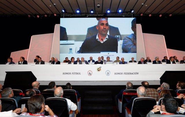 Fútbol.- La RFEF pone en marcha el programa 'Impulso 23' para aumentar los ingre
