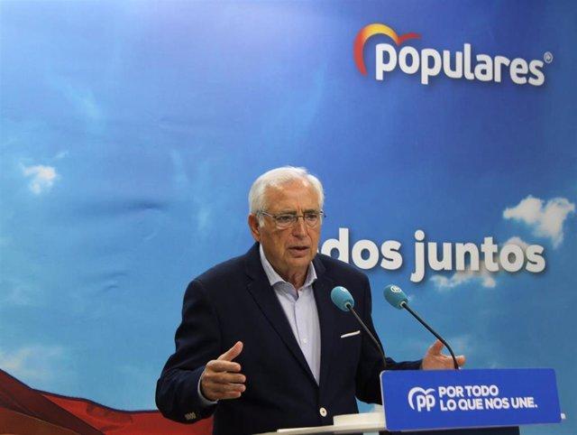 Juan José Imbroda, en rueda de prensa