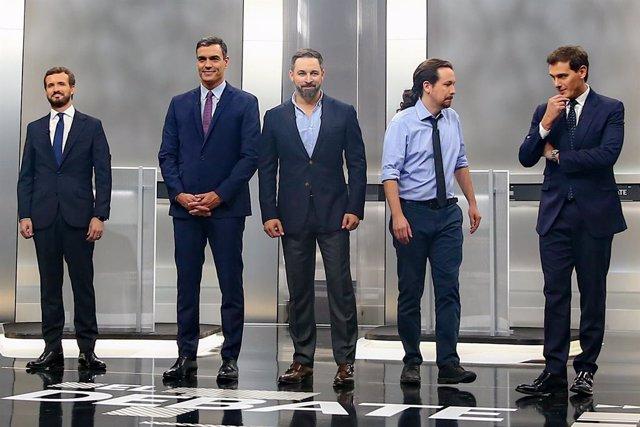 Pedro Sánchez, Pablo Casado, Pablo Iglesias, Albert Rivera i Santiago Abascal abans del debat electoral.