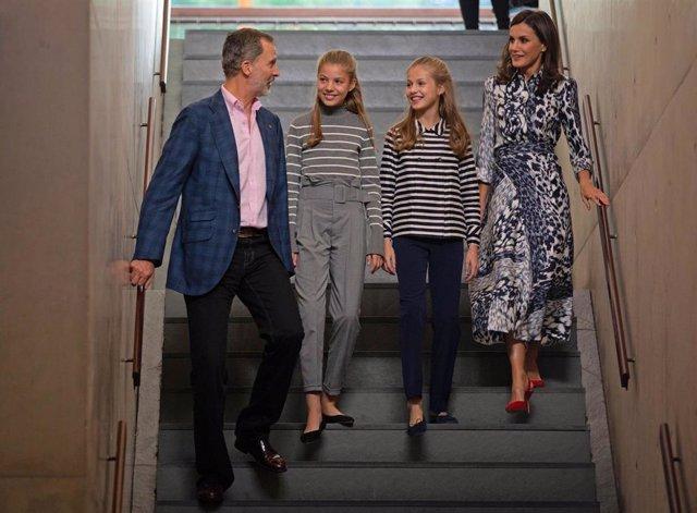 El Rey Felipe VI; La Infanta Sofía; La Princesa Leonor; Y La Reina Letizia, A Su Llegada A La Inauguración De La Jornada 'El Talento Atrae El Talento' En El X Aniversario De La Fundació Princesa De Girona