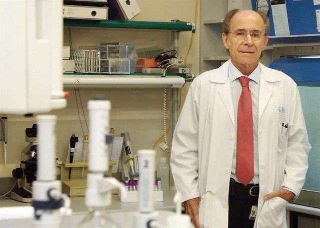 Imagen de recurso del doctor Eduardo Fernández-Cruz, jefe de servicio de Inmunología Clínica del Hospital Gregorio Marañón.